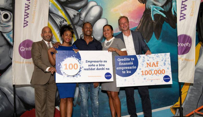 Qredits Curaçao viert 100ste Krediet
