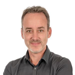 Dennis Bakker