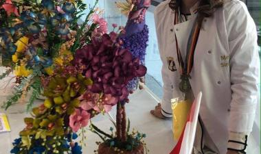 Melanya Simonyan - Melanya Wedding & Cakes